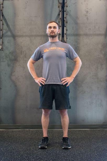 Ski-Prep-Exercises-side-lunge-position-1